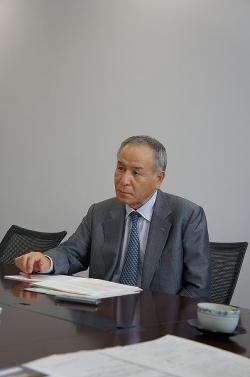 (株)日本BIGネットワーク 代表取締役 岩永 經世 税理士