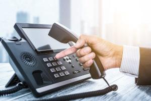 税理士がクラウド電話を構築 テレワーク環境の「βテスター事務所募集」